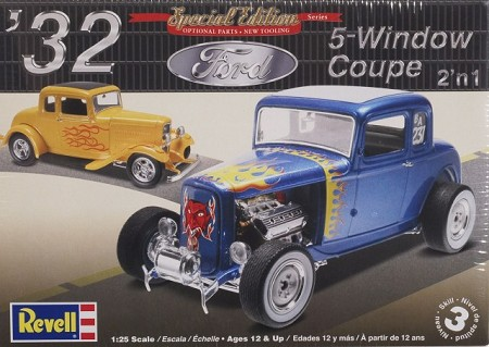 '32 Ford 5 Window Coupe (1/25 Scale) 2 'n 1 from Revell Models #854228