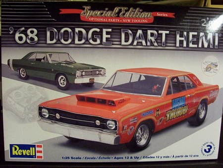 '68 Dodge Hemi Dart (1/25 Scale) 2 'n 1 from Revell Models #854217
