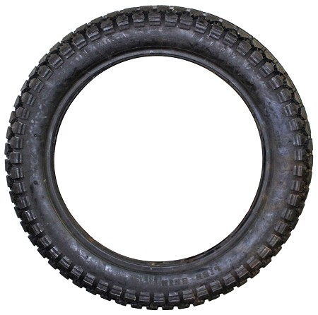 Lien Shin Motorcycle Tire (3.00-17, 3.25-17, 3.00-18, 3.25-18, or 4.20-18)